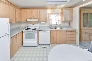 Photo 11: 135 9 Chief Robert Sam Lane in : VR Glentana Manufactured Home for sale (View Royal)  : MLS®# 862946