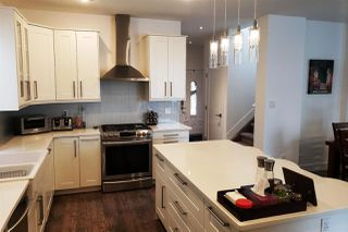 Photo 4: 14026 101A Avenue in Edmonton: Zone 11 House for sale : MLS®# E4171528