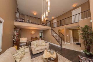 Photo 9: 2308 FREZENBERG Avenue in Edmonton: Zone 27 House for sale : MLS®# E4187677