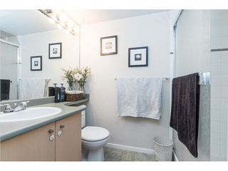 "Photo 16: 334 22020 49 Avenue in Langley: Murrayville Condo for sale in ""Murray Green"" : MLS®# R2440126"
