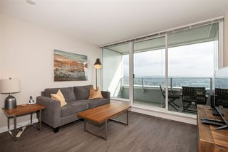 "Photo 5: 3208 488 SW MARINE Drive in Vancouver: Marpole Condo for sale in ""Marine Gateway"" (Vancouver West)  : MLS®# R2440904"