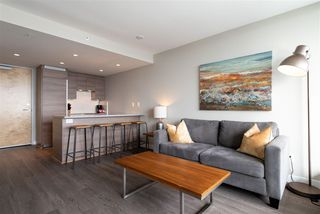 "Photo 4: 3208 488 SW MARINE Drive in Vancouver: Marpole Condo for sale in ""Marine Gateway"" (Vancouver West)  : MLS®# R2440904"