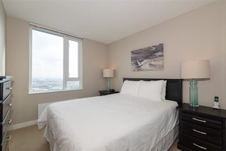 "Photo 9: 3208 488 SW MARINE Drive in Vancouver: Marpole Condo for sale in ""Marine Gateway"" (Vancouver West)  : MLS®# R2440904"