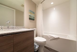 "Photo 10: 3208 488 SW MARINE Drive in Vancouver: Marpole Condo for sale in ""Marine Gateway"" (Vancouver West)  : MLS®# R2440904"