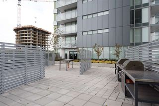 "Photo 19: 3208 488 SW MARINE Drive in Vancouver: Marpole Condo for sale in ""Marine Gateway"" (Vancouver West)  : MLS®# R2440904"