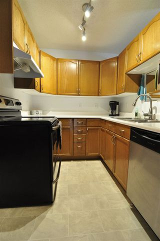 Photo 12: 1256 48 Street in Edmonton: Zone 29 Townhouse for sale : MLS®# E4190015