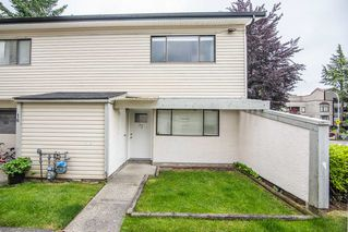 "Photo 1: 17 5271 204 Street in Langley: Langley City Townhouse for sale in ""NWS266"" : MLS®# R2447722"