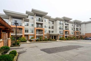 Photo 2: 307 33546 HOLLAND Avenue in Abbotsford: Central Abbotsford Condo for sale : MLS®# R2448020
