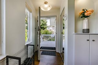 Photo 2: 4822 DUNDAS Street in Burnaby: Capitol Hill BN House for sale (Burnaby North)  : MLS®# R2462396