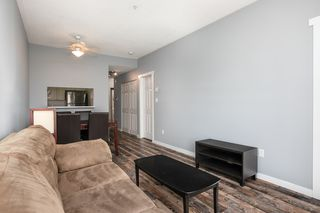 """Photo 6: 203 221 ELEVENTH Street in New Westminster: Uptown NW Condo for sale in """"THE STANDFORD"""" : MLS®# R2464759"""