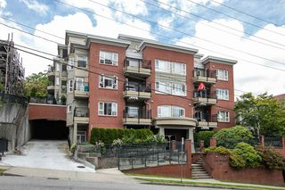 """Photo 20: 203 221 ELEVENTH Street in New Westminster: Uptown NW Condo for sale in """"THE STANDFORD"""" : MLS®# R2464759"""