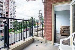 """Photo 18: 203 221 ELEVENTH Street in New Westminster: Uptown NW Condo for sale in """"THE STANDFORD"""" : MLS®# R2464759"""