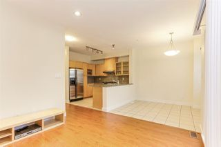 Photo 12: 886 W 58TH Avenue in Vancouver: South Cambie Townhouse for sale (Vancouver West)  : MLS®# R2470075