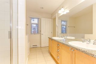 Photo 19: 886 W 58TH Avenue in Vancouver: South Cambie Townhouse for sale (Vancouver West)  : MLS®# R2470075