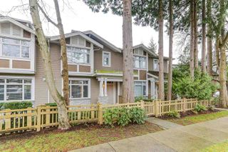 Photo 3: 886 W 58TH Avenue in Vancouver: South Cambie Townhouse for sale (Vancouver West)  : MLS®# R2470075