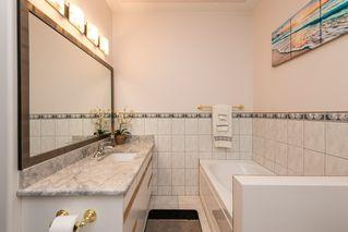 Photo 16: 9651 80 Avenue in Edmonton: Zone 17 House for sale : MLS®# E4213410