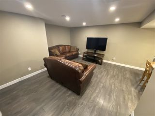 Photo 12: 1061 MCDERMID Drive: Sherwood Park House for sale : MLS®# E4213772