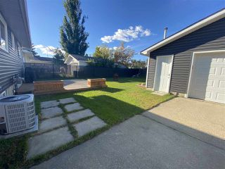 Photo 23: 1061 MCDERMID Drive: Sherwood Park House for sale : MLS®# E4213772