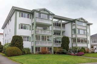 Photo 1: 401 415 Linden Ave in : Vi Fairfield West Condo Apartment for sale (Victoria)  : MLS®# 855926