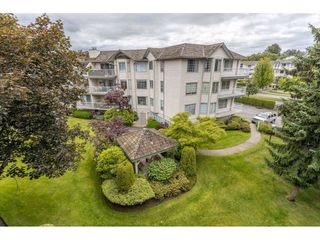 "Photo 34: 310 5360 205 Street in Langley: Langley City Condo for sale in ""PARKWAY ESTATES"" : MLS®# R2515789"