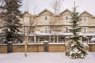 Photo 3: 14516 STONY PLAIN Road in Edmonton: Zone 21 Townhouse for sale : MLS®# E4221415