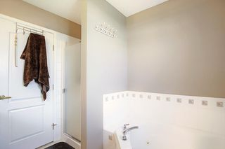 Photo 14: 121 Country Hills Gardens NW in Calgary: Country Hills Row/Townhouse for sale : MLS®# A1057496