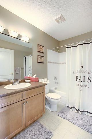 Photo 17: 121 Country Hills Gardens NW in Calgary: Country Hills Row/Townhouse for sale : MLS®# A1057496