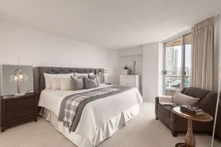 """Photo 11: 1601 1045 QUAYSIDE Drive in New Westminster: Quay Condo for sale in """"Quayside Tower I"""" : MLS®# R2404378"""