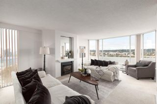 """Photo 2: 1601 1045 QUAYSIDE Drive in New Westminster: Quay Condo for sale in """"Quayside Tower I"""" : MLS®# R2404378"""