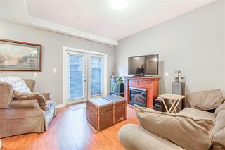 """Photo 2: 19 9277 121 Street in Surrey: Queen Mary Park Surrey Townhouse for sale in """"MAPLE MEADOWS"""" : MLS®# R2416035"""