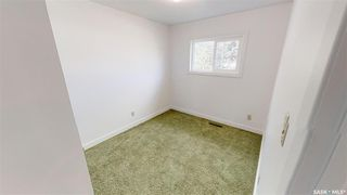 Photo 13: 207 Evans Street in Saskatoon: Sutherland Residential for sale : MLS®# SK796150