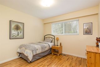Photo 10: 851 PLYMOUTH Drive in North Vancouver: Windsor Park NV House for sale : MLS®# R2448395