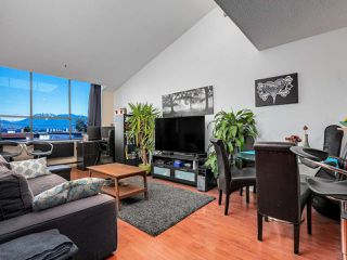 "Photo 2: 403 2173 W 6TH Avenue in Vancouver: Kitsilano Condo for sale in ""THE MALIBU"" (Vancouver West)  : MLS®# R2470311"