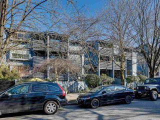 "Photo 16: 403 2173 W 6TH Avenue in Vancouver: Kitsilano Condo for sale in ""THE MALIBU"" (Vancouver West)  : MLS®# R2470311"