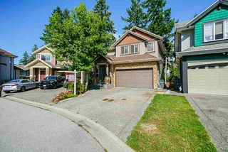 Photo 1: 5866 151A Street in Surrey: Sullivan Station House for sale : MLS®# R2478615