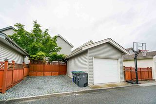 """Photo 40: 18579 67 Avenue in Surrey: Cloverdale BC House for sale in """"CLOVER RIDGE"""" (Cloverdale)  : MLS®# R2481358"""