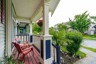 """Photo 3: 18579 67 Avenue in Surrey: Cloverdale BC House for sale in """"CLOVER RIDGE"""" (Cloverdale)  : MLS®# R2481358"""