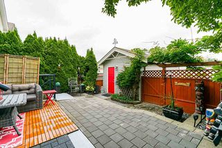 """Photo 36: 18579 67 Avenue in Surrey: Cloverdale BC House for sale in """"CLOVER RIDGE"""" (Cloverdale)  : MLS®# R2481358"""