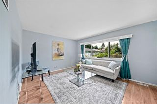 Photo 3: 8138 BUSCOMBE Street in Vancouver: South Vancouver House for sale (Vancouver East)  : MLS®# R2517885