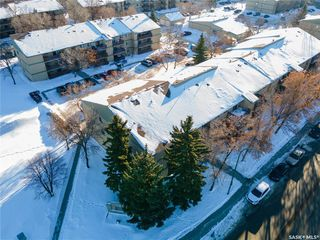 Main Photo: 304A2 1121 McKercher Drive in Saskatoon: Wildwood Residential for sale : MLS®# SK836007