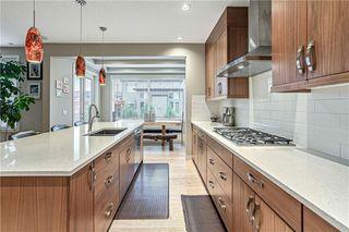 Photo 14: 76 Quarry Garden SE in Calgary: Douglasdale/Glen Detached for sale : MLS®# C4268088