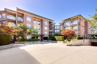 Photo 1: 322 10707 139 STREET in Surrey: Whalley Condo for sale (North Surrey)  : MLS®# R2401299