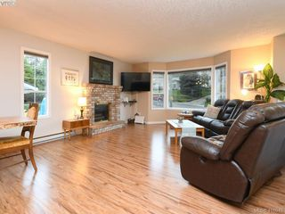 Photo 2: 2445 Mountain Heights Dr in SOOKE: Sk Broomhill House for sale (Sooke)  : MLS®# 827136
