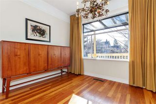 Photo 4: 369 E 30TH Avenue in Vancouver: Main House for sale (Vancouver East)  : MLS®# R2437652