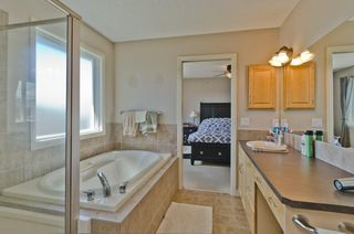 Photo 18: 68 PRESTWICK Close SE in Calgary: McKenzie Towne Detached for sale : MLS®# C4297960