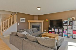 Photo 6: 68 PRESTWICK Close SE in Calgary: McKenzie Towne Detached for sale : MLS®# C4297960