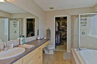 Photo 17: 68 PRESTWICK Close SE in Calgary: McKenzie Towne Detached for sale : MLS®# C4297960