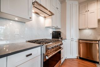 "Photo 4: 508 14855 THRIFT Avenue: White Rock Condo for sale in ""ROYCE"" (South Surrey White Rock)  : MLS®# R2465060"