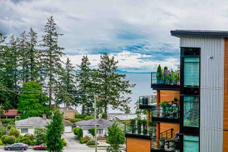 """Photo 25: 508 14855 THRIFT Avenue: White Rock Condo for sale in """"ROYCE"""" (South Surrey White Rock)  : MLS®# R2465060"""