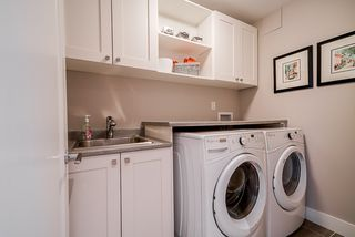 "Photo 22: 508 14855 THRIFT Avenue: White Rock Condo for sale in ""ROYCE"" (South Surrey White Rock)  : MLS®# R2465060"